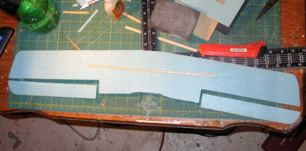 Ailerons cut out of the lower wing