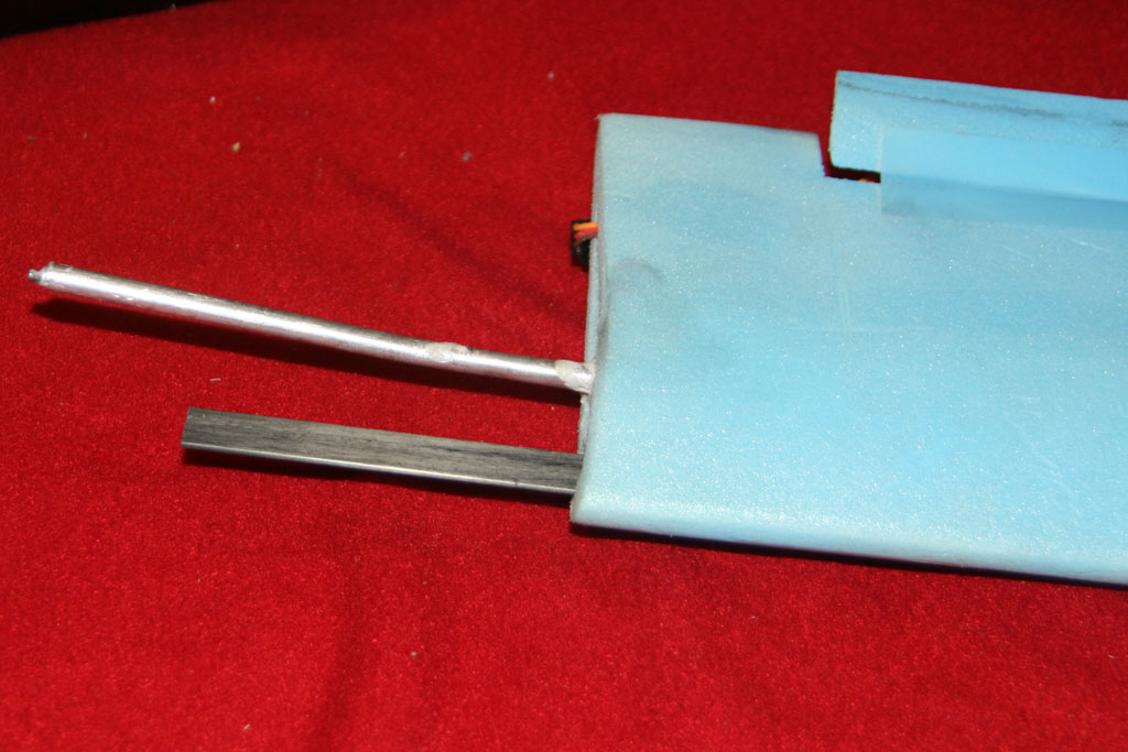 top-wing-strut-join